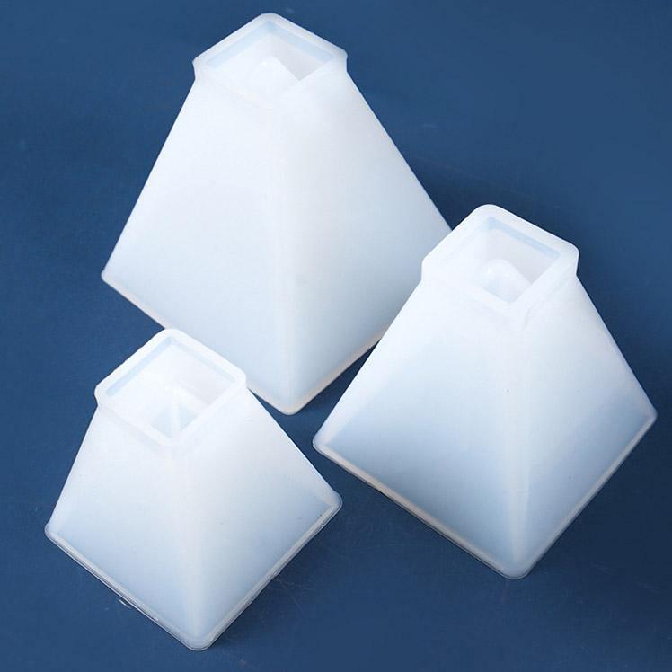 Resin Pyramid Molds