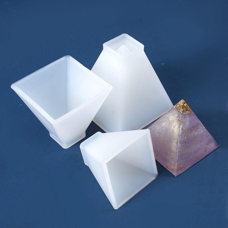pyramid resin mold